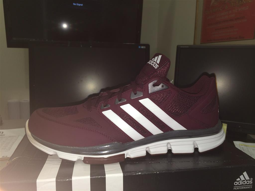 adidas maroon speed trainers