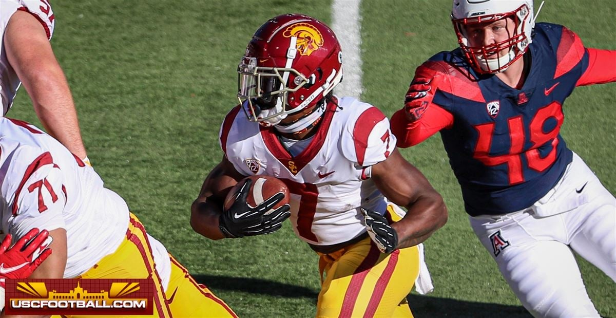 USC Football: Helton gives injury updates on RBs Stepp, Carr