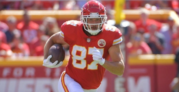 the latest 7447e fcdd0 Travis Kelce out of the Pro Bowl, Jared Cook in, per report