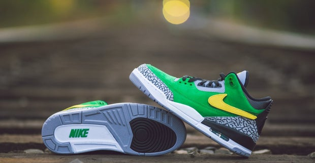 b61442defed Oregon releases new Jordan sneaker ahead of UCLA