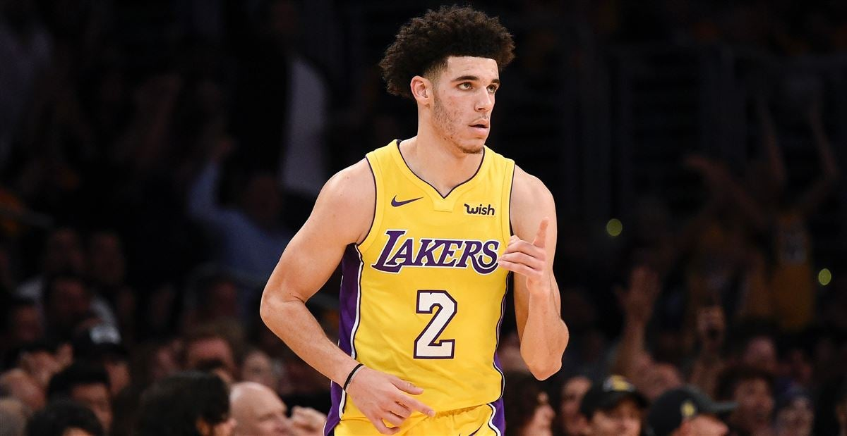 80211031d Potential new Los Angeles Lakers uniforms harken back to 80s