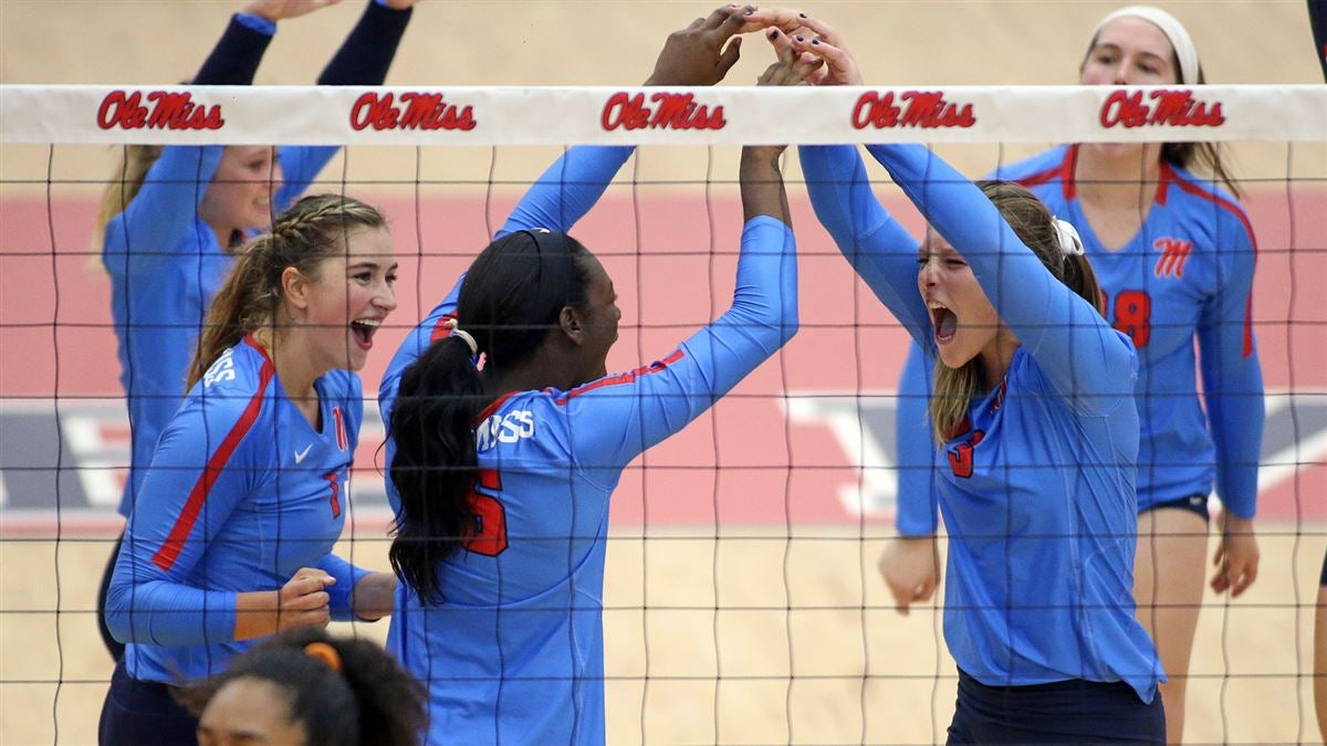 Ole Miss volleyball takes down Auburn, stays perfect in SEC