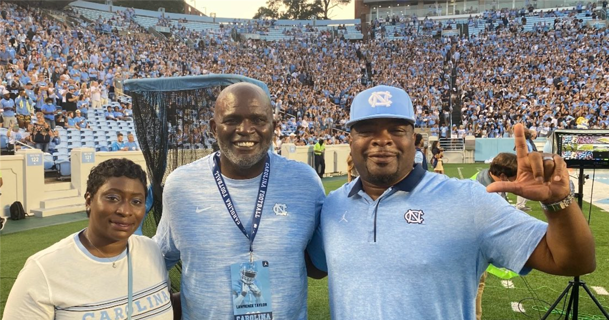Tar Heel Legend Lawrence Taylor at UNC-Georgia State game