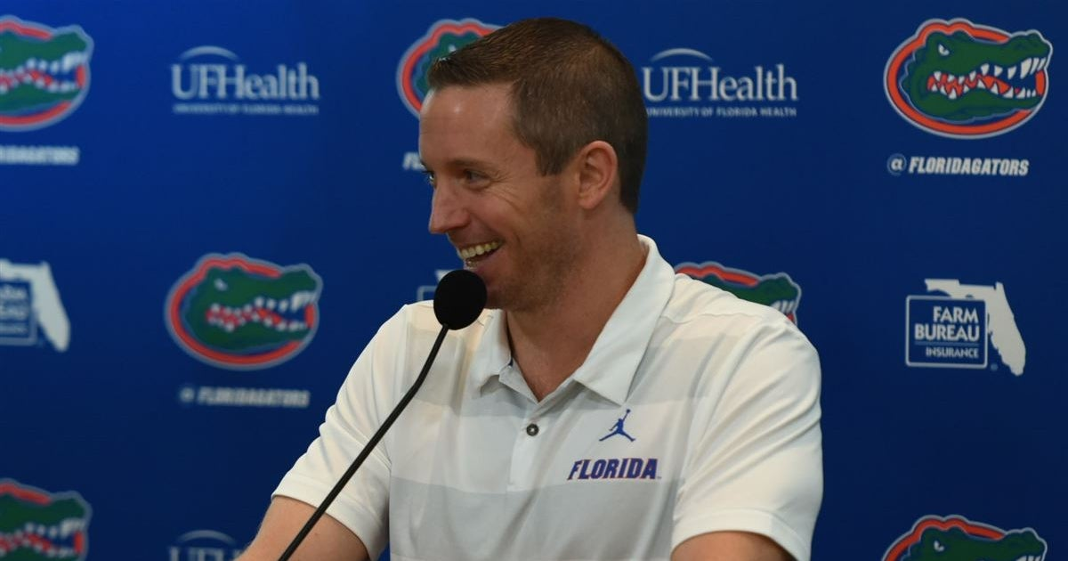 UF extended Mike White's contract, with $250,000 raise
