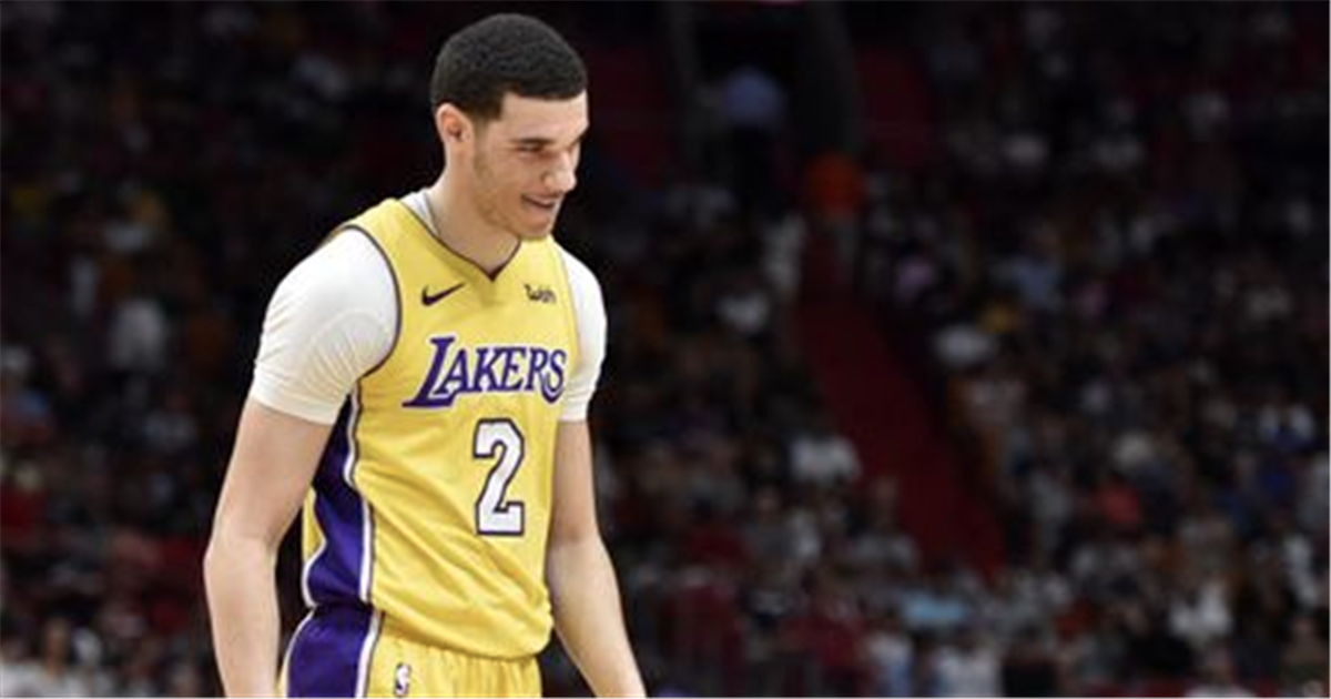 35a1cc131711 Report  Lakers think Lonzo Ball s camp leaked news of knee injury to  prevent trade
