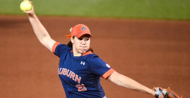 Lexi Davis Gave Up Three Hits To Improve Her Record To   Photo Kenny Moss Auburn University