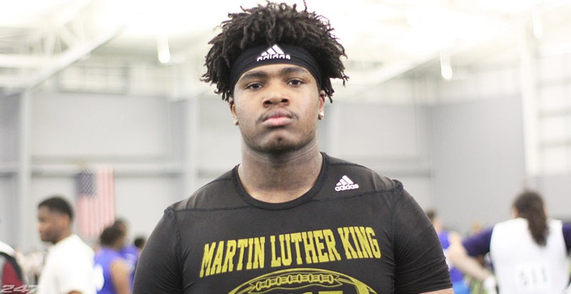 Offensive tackle Deondre Buford commits to Kentucky