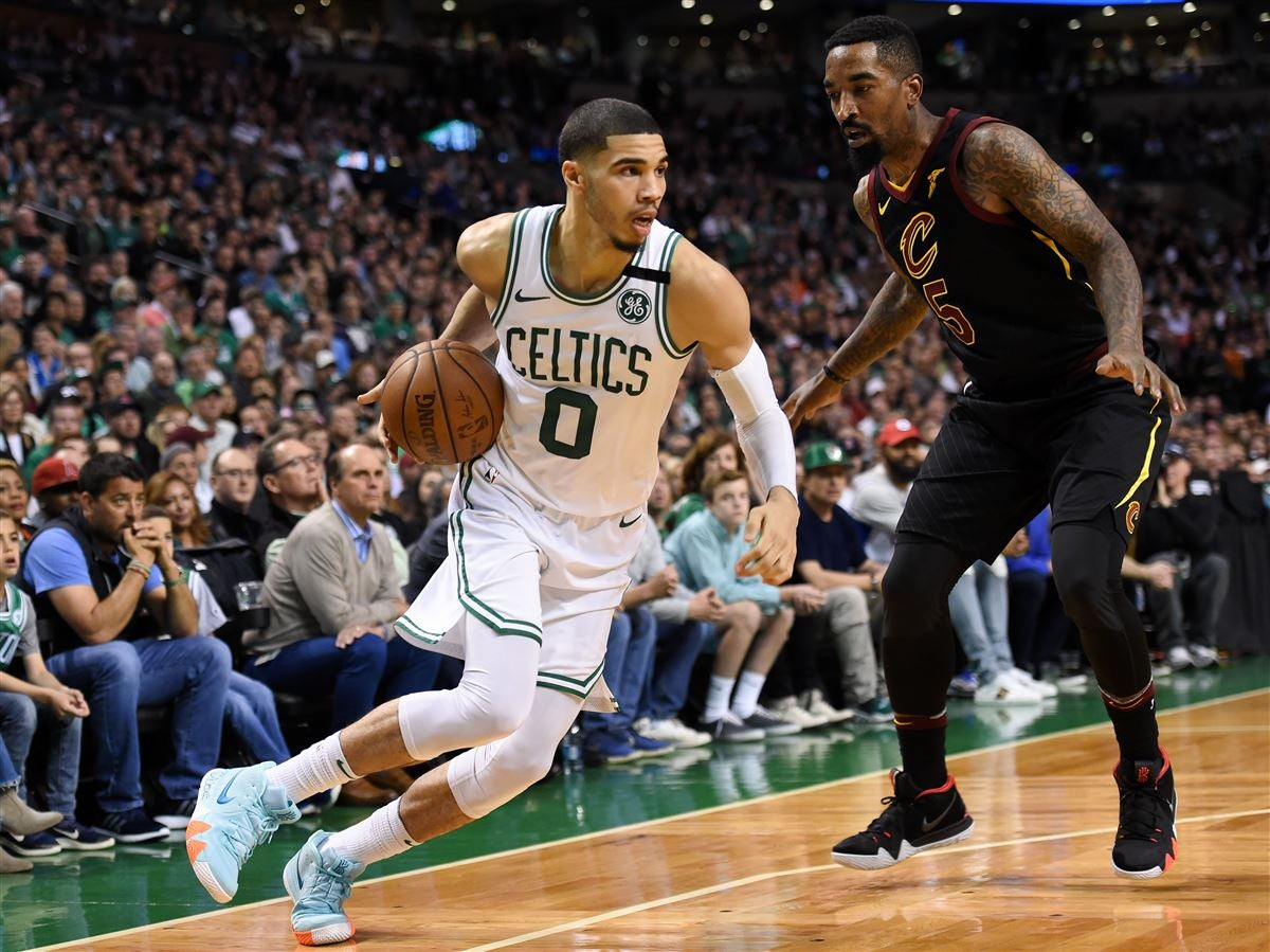 Jayson Tatum thanks Kobe Bryant for improving his post game