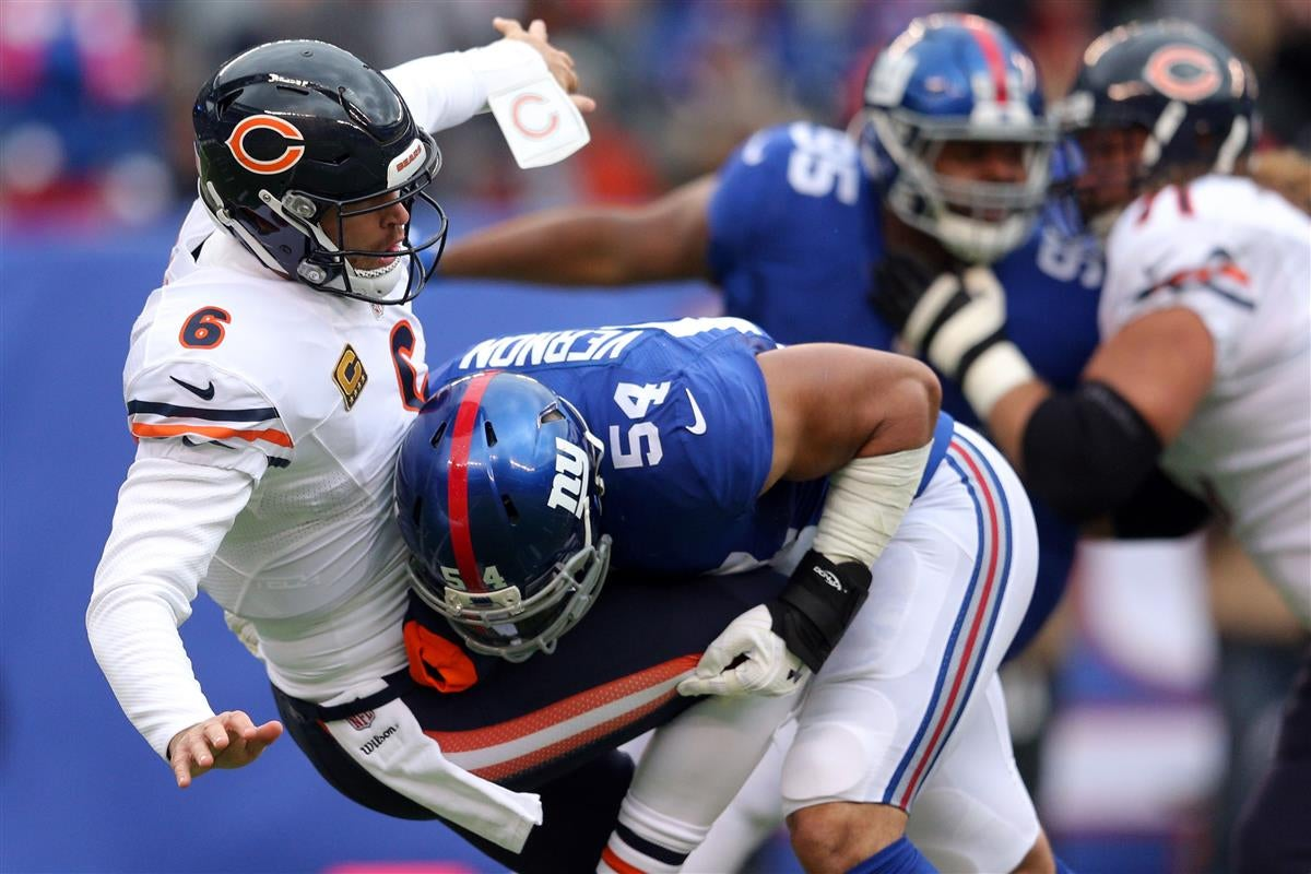 Olivier Vernon makes plea for Giants to keep D line to her
