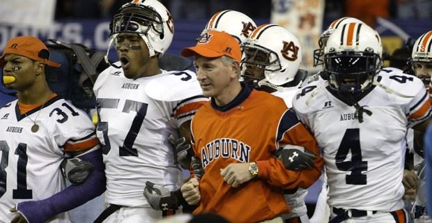 Tommy Tuberville resigns as Cincinnati's head coach