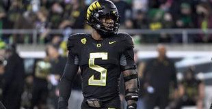 2022 NFL Draft: GMs of Detroit Lions, Houston Texans watch Oregon DE Kayvon Thibodeaux star at UCLA