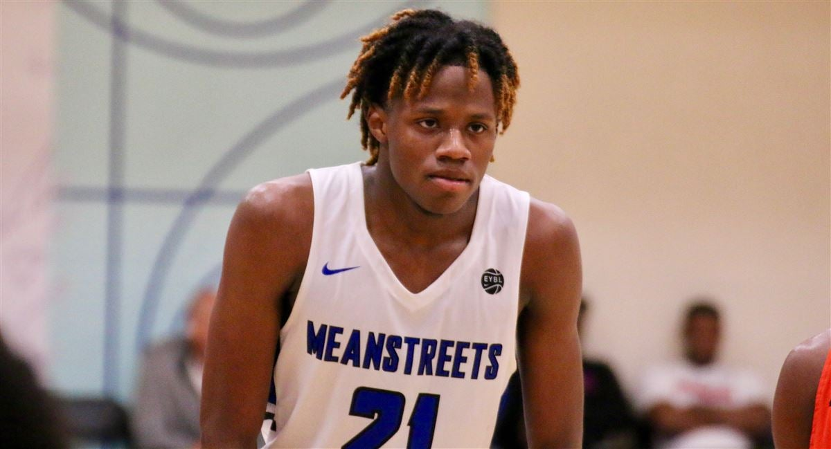 Duke coaches will visit five star Chicago guard on Tuesday