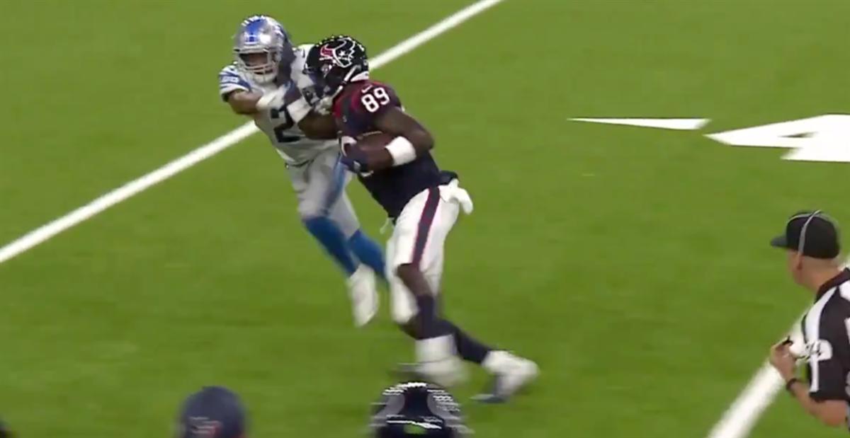 Jerell Adams throws vicious stiff arm in NFL preseason