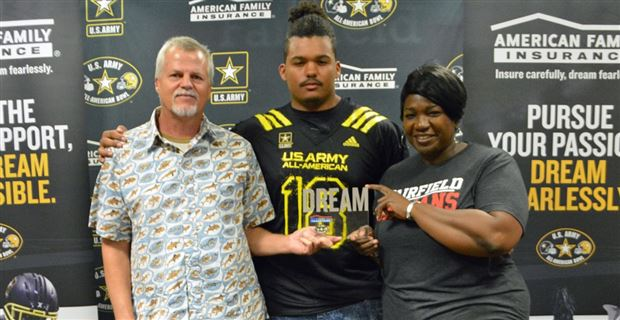 Jackson Carman sets announcement and signing