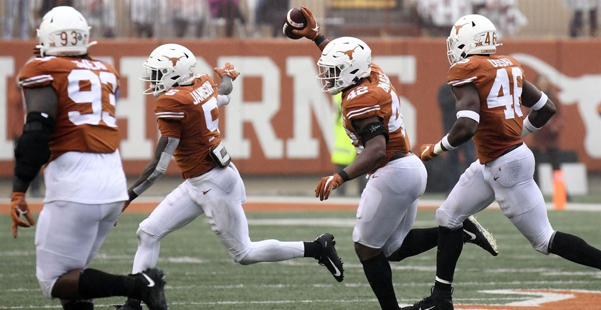 Poor production played role in Texas changing course defensively