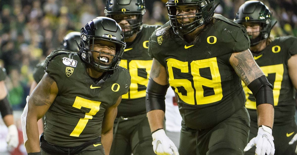 Computer model has Oregon in close Pac-12 title race for 2020