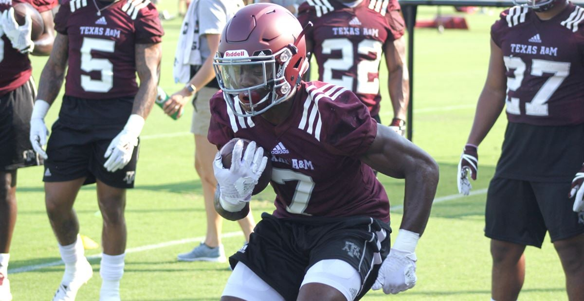 Scenes from A&M: Newcomers on the first day of fall camp