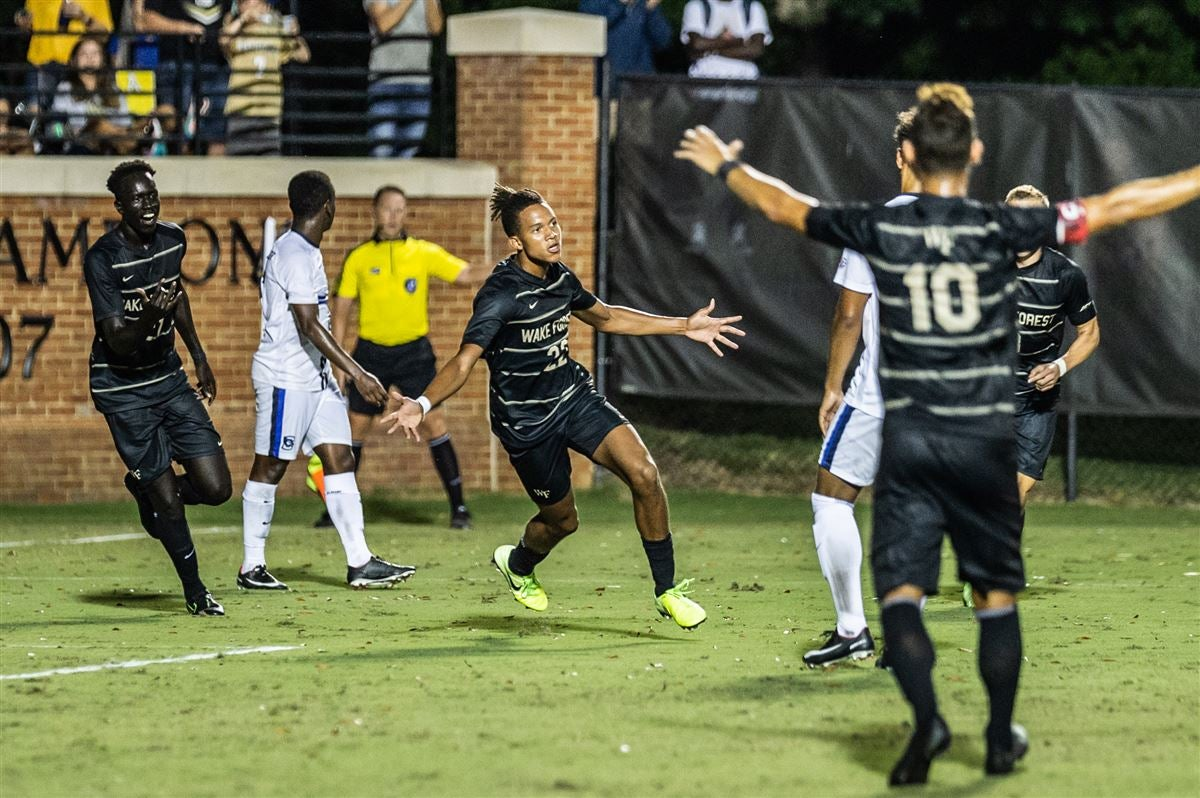 Harris goal lifts Wake Forest Men's Soccer over Creighton 1-0