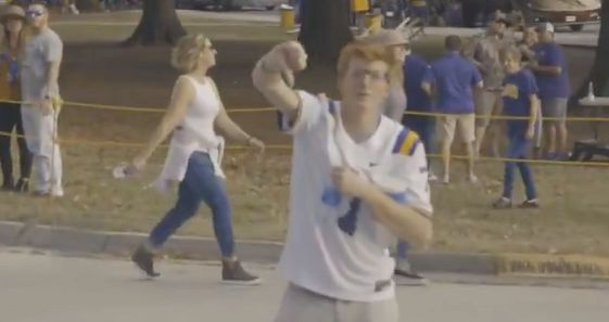 WATCH: LSU fans not exactly welcoming to A&M team
