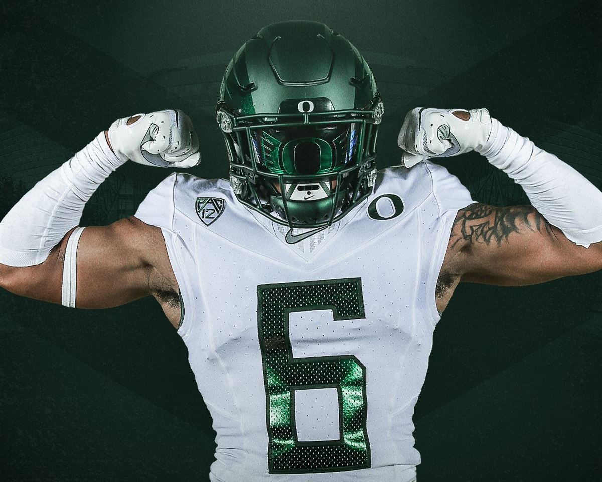 timeless design c3803 bec41 Oregon Ducks release uniform combo for Auburn game