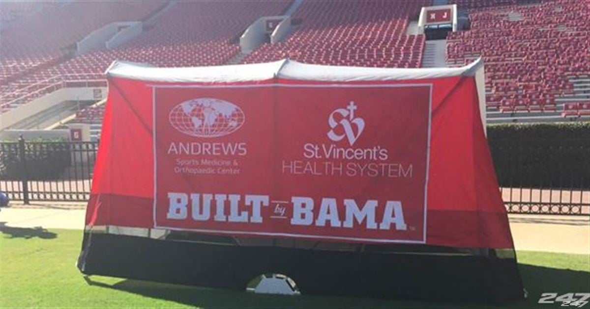 & NFL team 29 FBS schools to use UAu0027s medical tent