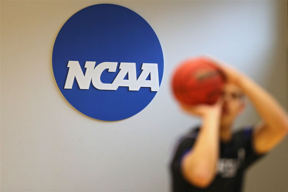 Report: NCAA Division I Council approves one-time transfer with immediate eligibility for athletes