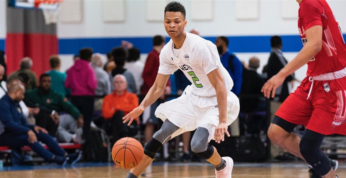 Connecticut, Miami and Villanova in hot pursuit of Isaiah Wong