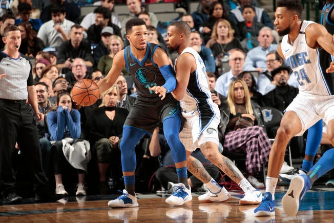 d68f8d2bfe26 Brunson and Mavs rip Magic 101-76 for 10th straight home win
