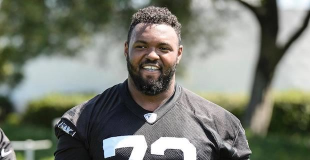 new concept e89bb 9fcd5 Maurice Hurst named top Defensive Rookie of the Year candidate