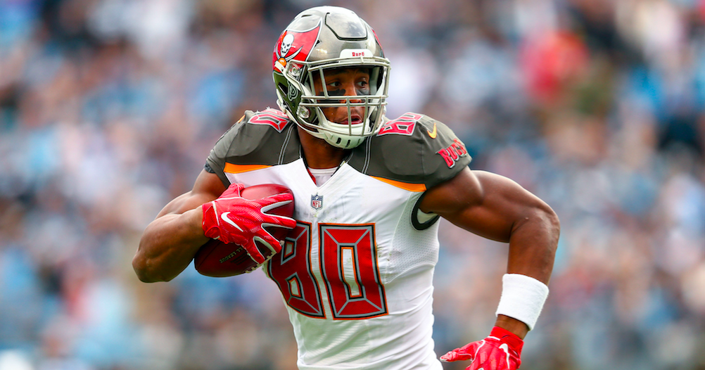 O.J. Howard shares his reaction to Tampa Bay signing Tom Brady