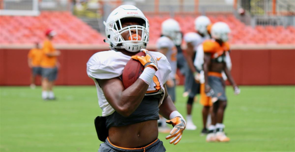Biggest early standouts from Tennessee's preseason camp