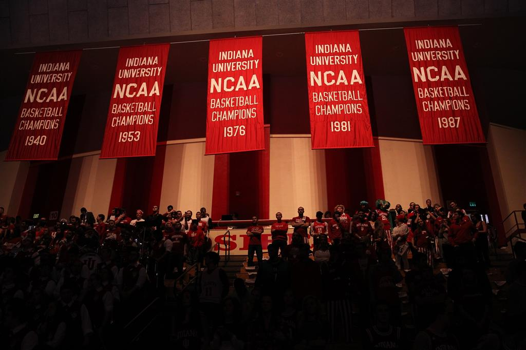 Top Five College Basketball Court Designs