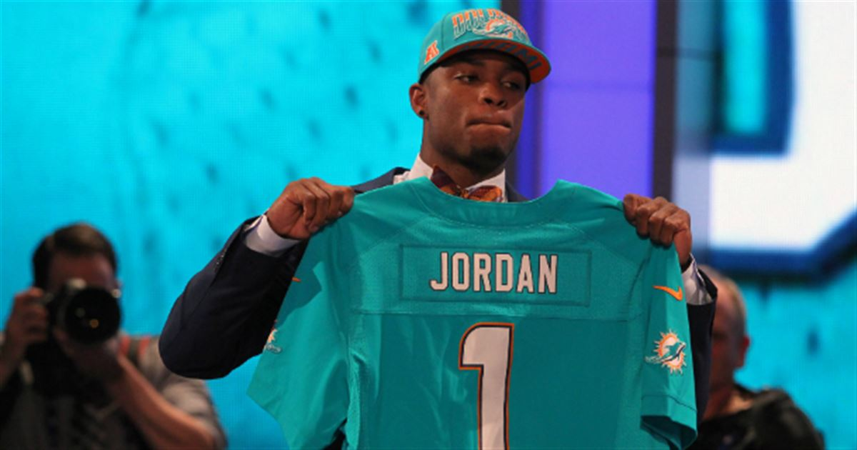 Check out the Miami Dolphins\' 2015 draft hat