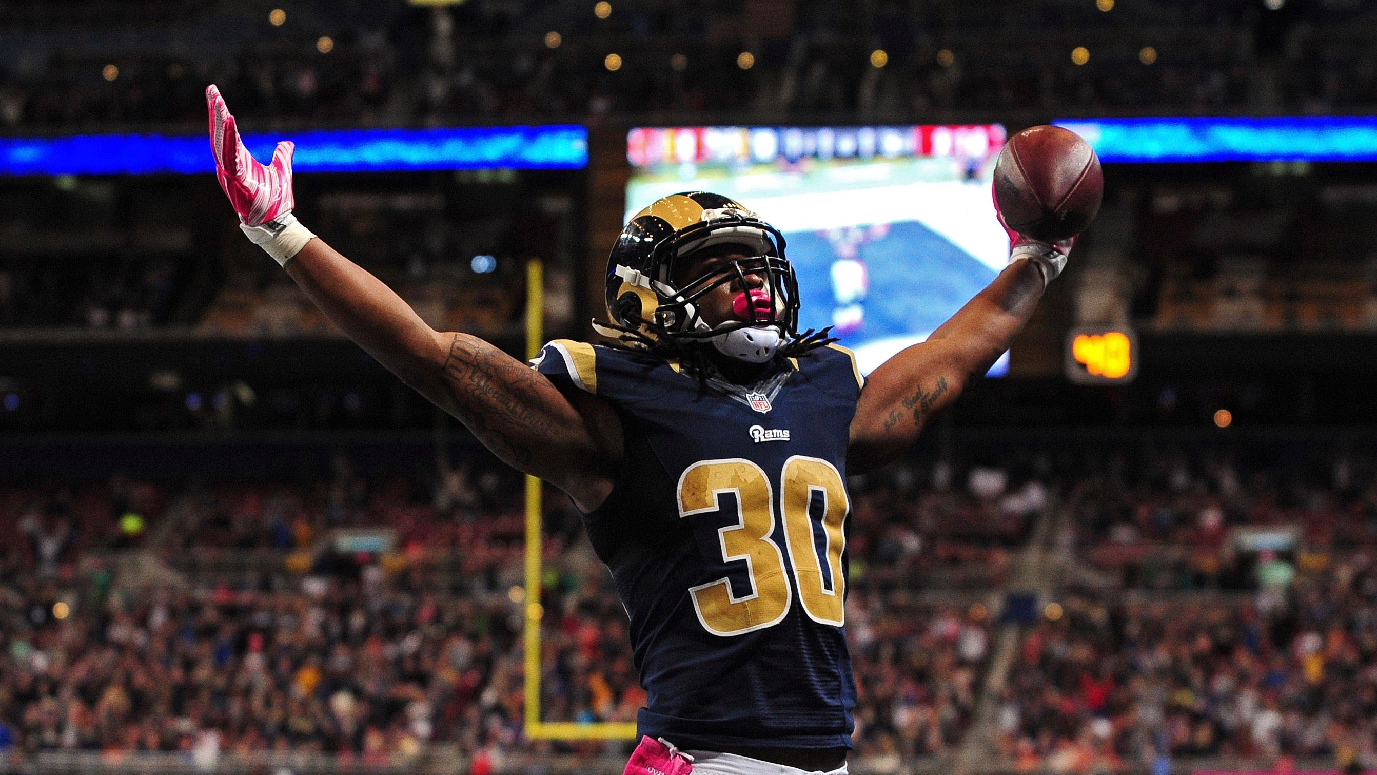 Todd Gurley St Louis Rams beat visiting Cleveland Browns
