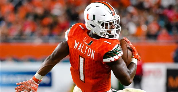 Rb Walton Joins Exclusive List With Four Touchdown Game
