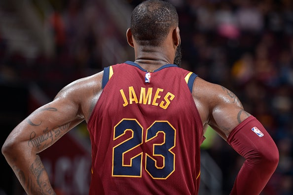 new concept e0cf2 46ee8 LeBron James wants the Cavaliers to bring back old jerseys
