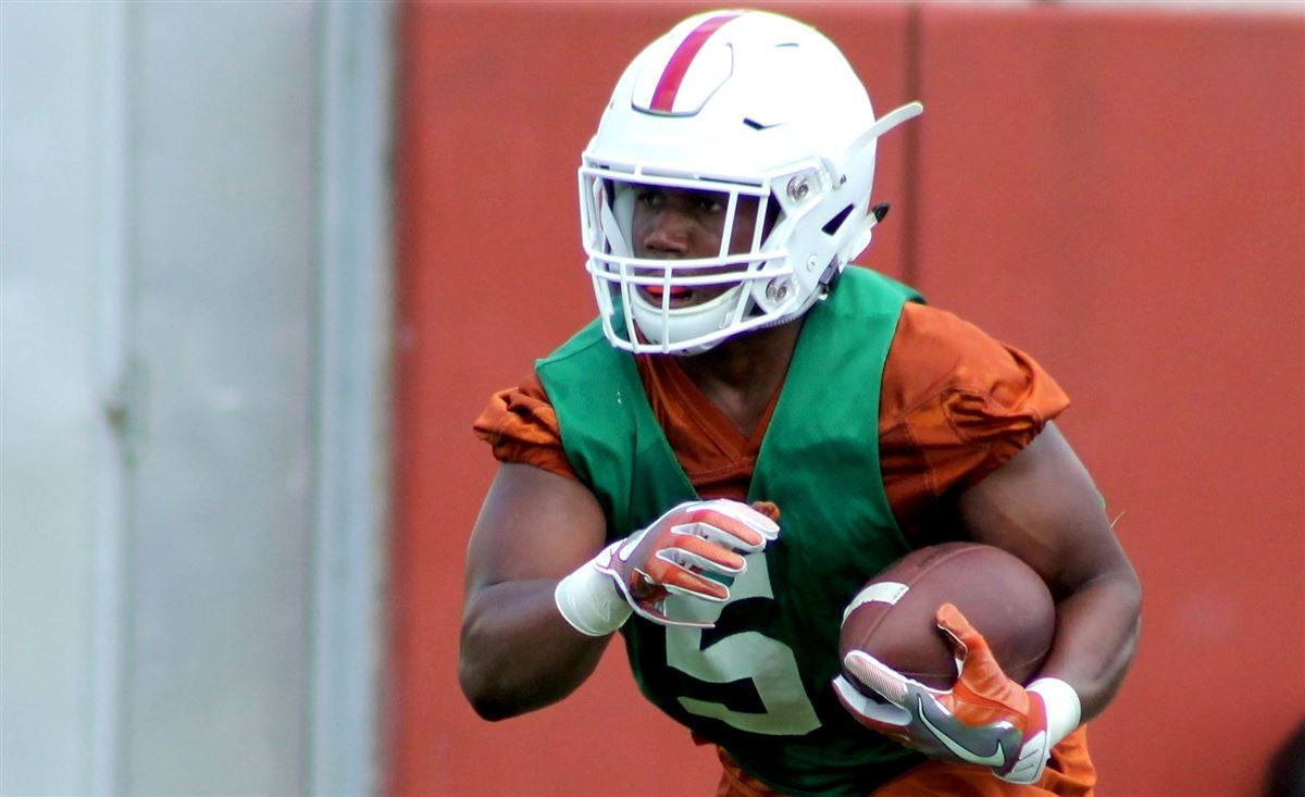 Practice Report: Looking for separation in crowded RB room