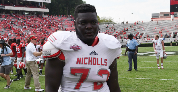 'Last Chance U' star Ronald Ollie returning to Nicholls State