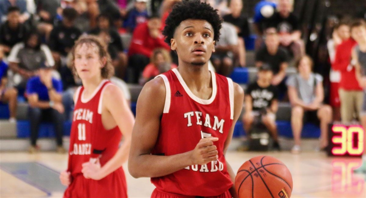Josh Hall taking official visit during Primetime With the Pack