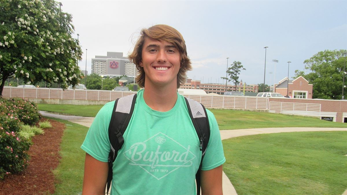 Young QB Prospect Receiving Recruiting Attention From Auburn