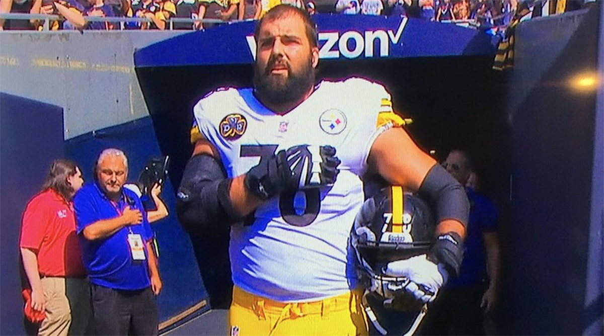 9f924dd95 Steeler Nation reacts to Alejandro Villanueva standing