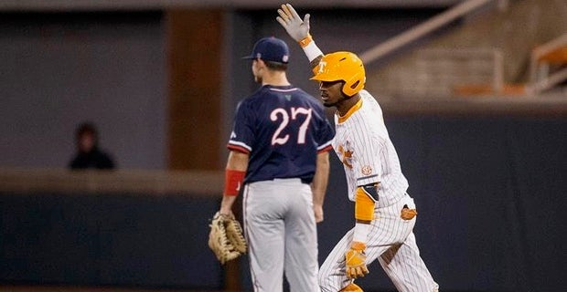 Baseball: No  21 Vols top Fresno State, stay undefeated