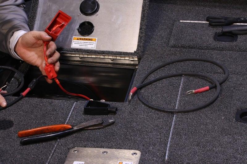 Wiring Batteries For Trolling Motors: Ranger Trolling Motor Plug Wiring Diagram At Imakadima.org