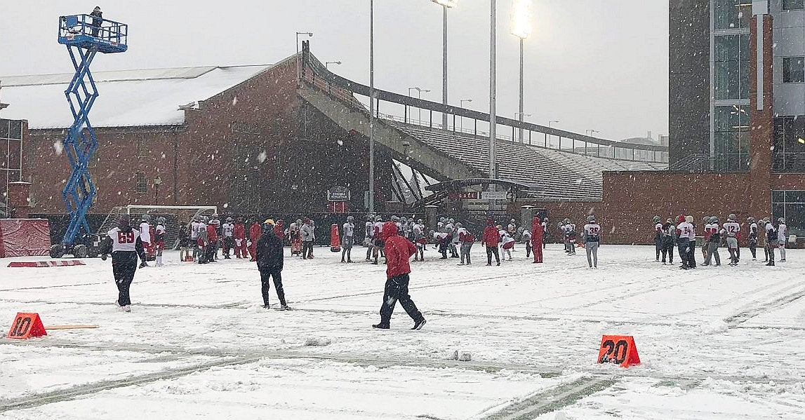Nick Rolovich: Cougars 'didn't flinch' in snowy Friday practice