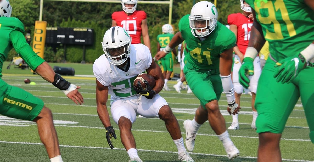 Biggest takeaways from Oregon's sixth fall camp practice