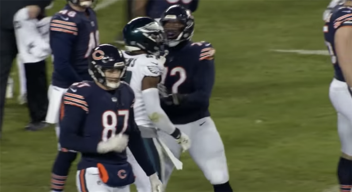 VIDEO: Malcolm Jenkins taunts Cody Parkey before field goal