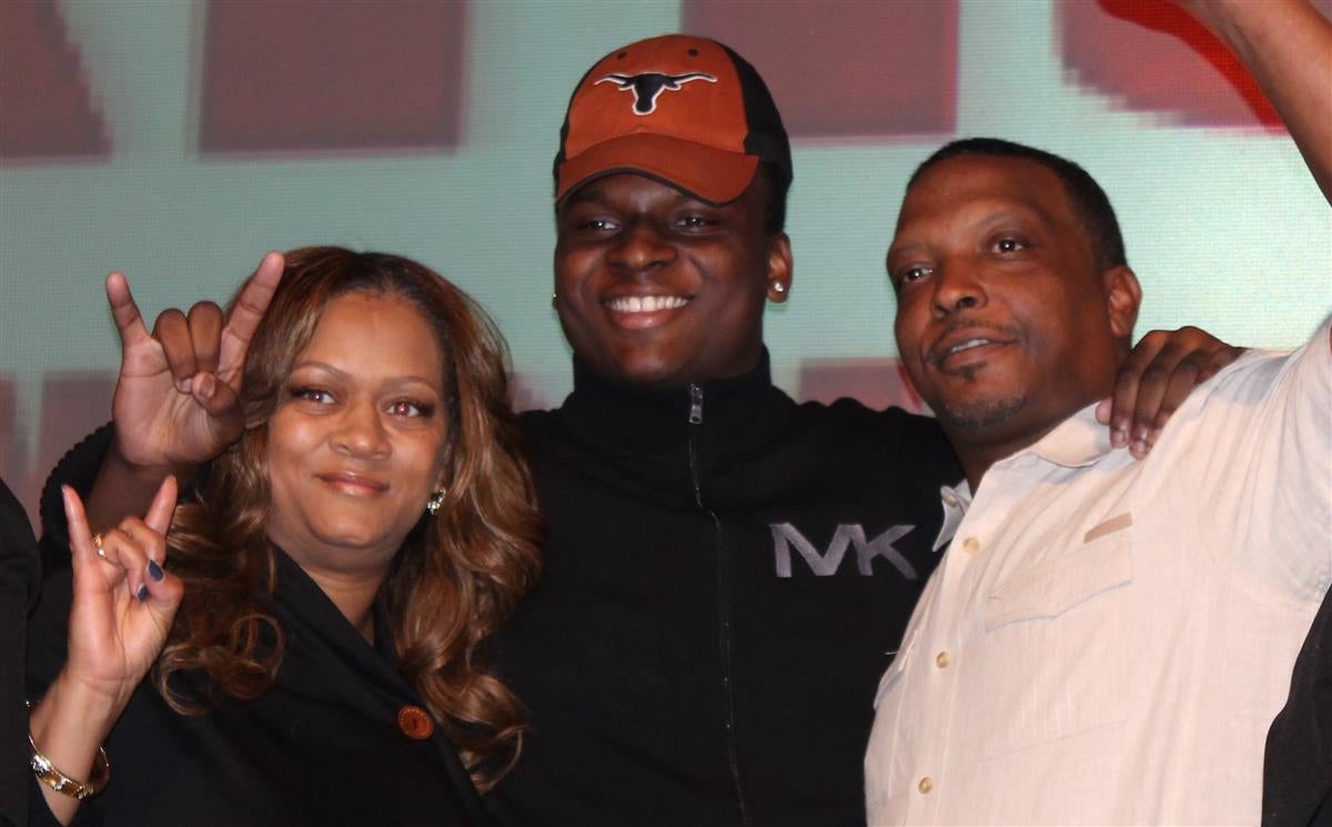 Looking back on some monster Texas signing day moments