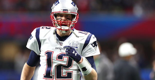 Tom Brady Rookie Card Sells For Over 400k At Auction