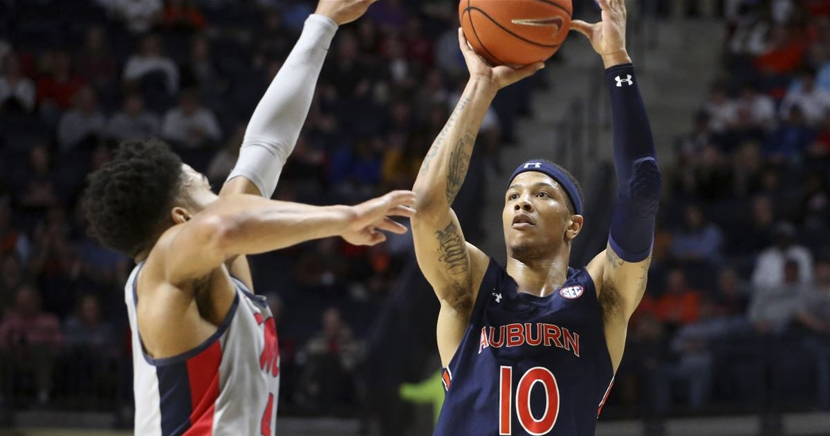 Preview: Ole Miss looks to snap skid on The Plains