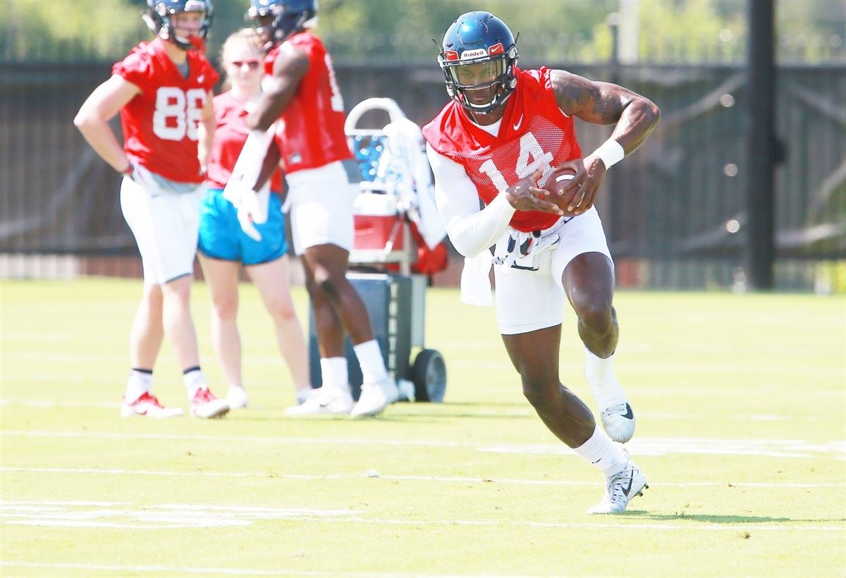 Athlon Names Ole Miss Pass Catchers Best In The Nation